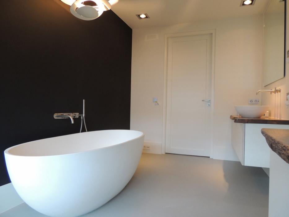 Badkamer Met Gietvloer : Badkamervloer design gietvloer